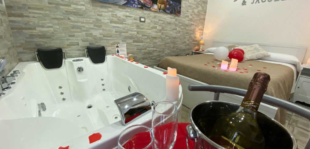 Camera con vasca idromassaggio Scafati